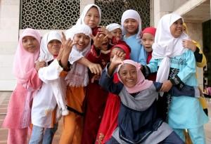 Muslim girls-1024x701